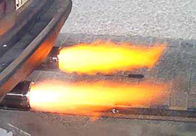 Как сделать огонь на выхлопе